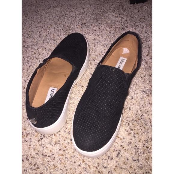 0bb129bbb53 Steve Madden Gracy Black Sneakers. M 5a6cbd8e72ea880a339f0e4d